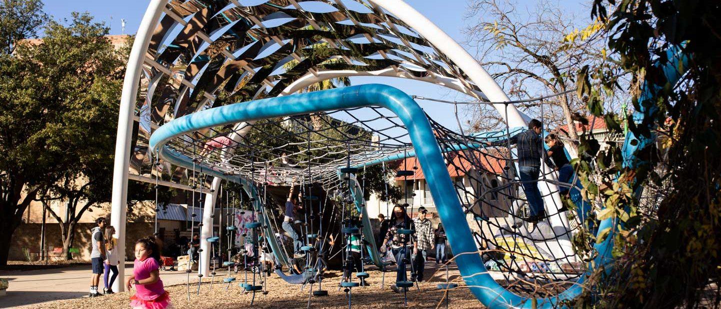 Playground en Yanaguana Garden